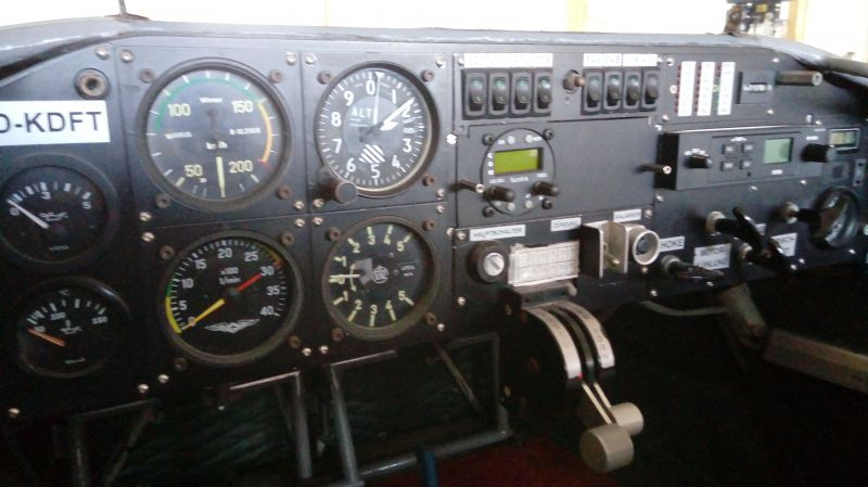 b_800_800_0_0___images_stories_cockpit1.jpg
